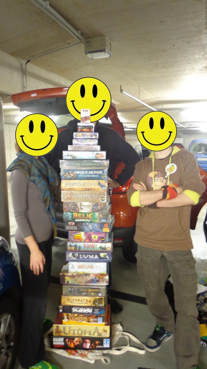 Les 3 mousquetaires du jeu qui m'ont traînés là et fait dépenser des sommes folles :)  De gauche à droite : la Loute, le Transporteur et Mr Balzi